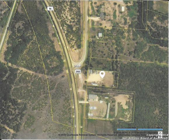 8034 Highway 16 N, Poteet, TX 78065 (MLS #1352585) :: Alexis Weigand Real Estate Group