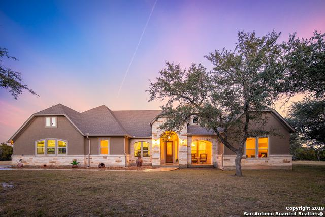 696 San Marcos Trail, New Braunfels, TX 78132 (MLS #1352714) :: Alexis Weigand Real Estate Group