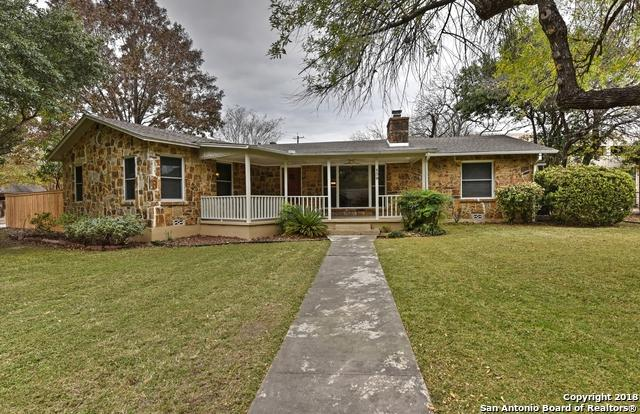 139 W Oakview Pl, Alamo Heights, TX 78209 (MLS #1352776) :: Exquisite Properties, LLC