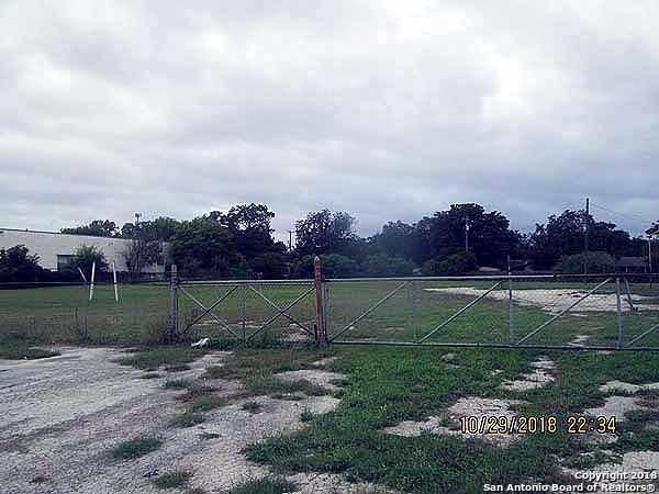 3351 Roosevelt Ave, San Antonio, TX 78214 (MLS #1352796) :: Neal & Neal Team