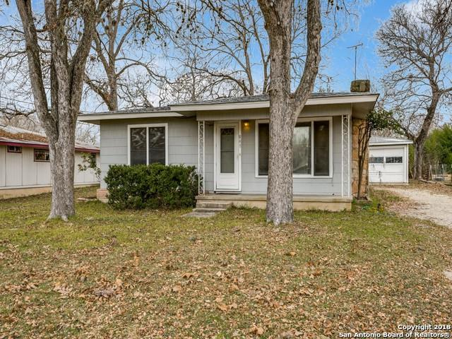841 Josephine St, New Braunfels, TX 78130 (MLS #1352992) :: Alexis Weigand Real Estate Group