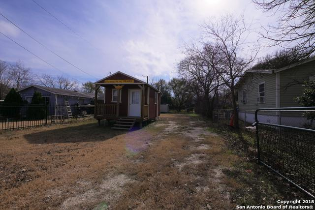 2406 Martin Luther King Dr, San Antonio, TX 78203 (MLS #1353036) :: Tom White Group