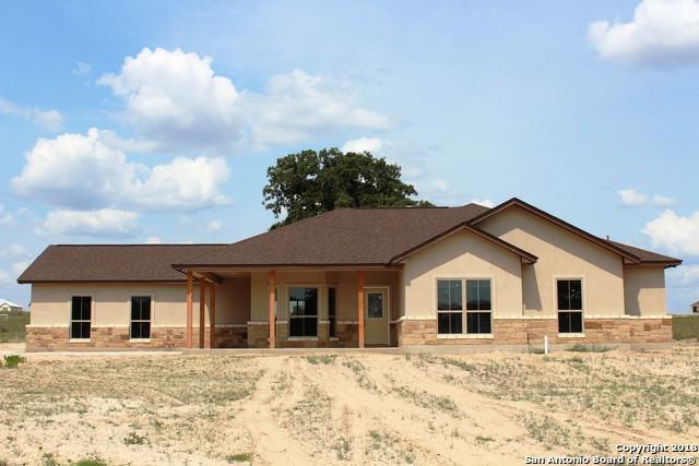 205 Bluebonnet Ridge, La Vernia, TX 78121 (MLS #1353123) :: Neal & Neal Team
