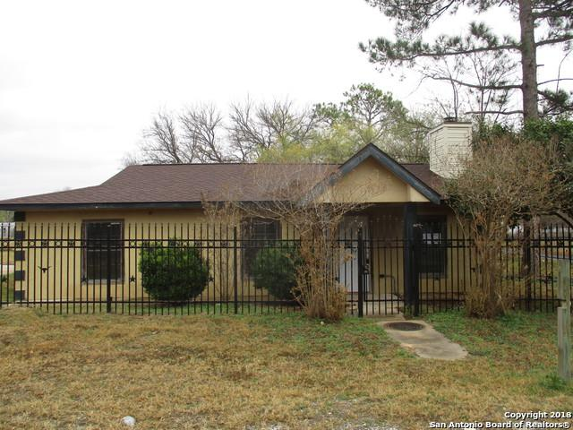 220 Bocawood Dr, Poteet, TX 78065 (MLS #1353197) :: Alexis Weigand Real Estate Group
