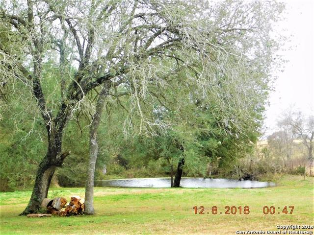 544 County Road 448, Stockdale, TX 78160 (MLS #1353274) :: Vivid Realty