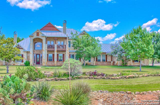 555 Cielo Rio Dr, Pipe Creek, TX 78063 (MLS #1353293) :: Erin Caraway Group