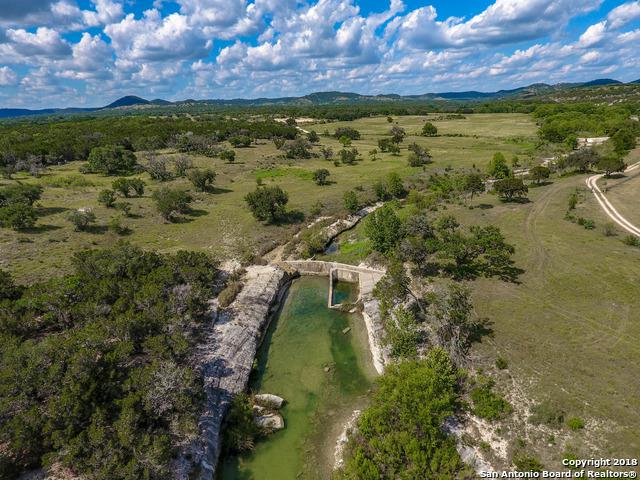 3005 Privilege Creek Rd, Pipe Creek, TX 78063 (MLS #1353294) :: NewHomePrograms.com LLC