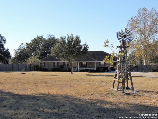 8695 W Fm 476, Poteet, TX 78065 (MLS #1353332) :: Keller Williams City View