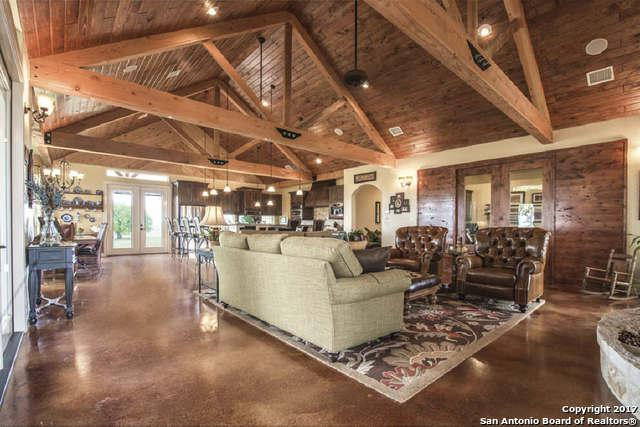 286 Private Road 3521, Hondo, TX 78861 (MLS #1353777) :: Alexis Weigand Real Estate Group