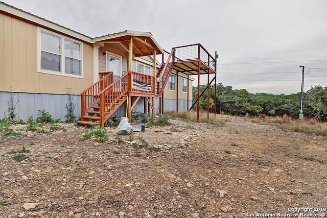 197 Lake View Dr, Pipe Creek, TX 78063 (MLS #1353845) :: Tom White Group