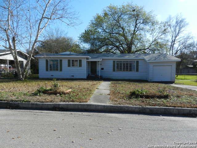 208 Lyman Dr, Terrell Hills, TX 78209 (MLS #1354217) :: ForSaleSanAntonioHomes.com