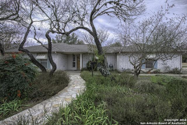 628 N School St, Boerne, TX 78006 (MLS #1354399) :: Alexis Weigand Real Estate Group