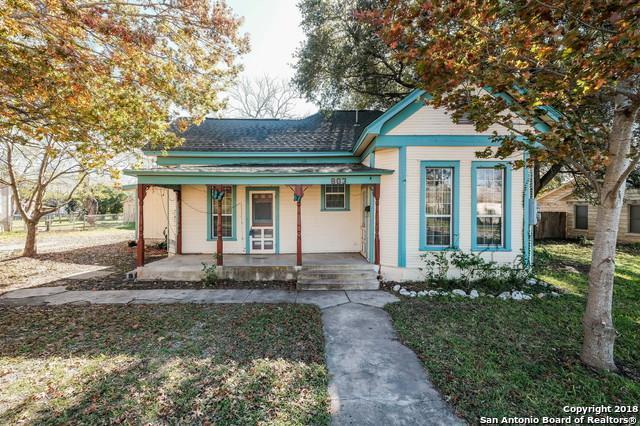 803 21ST ST, Hondo, TX 78861 (MLS #1354635) :: Exquisite Properties, LLC