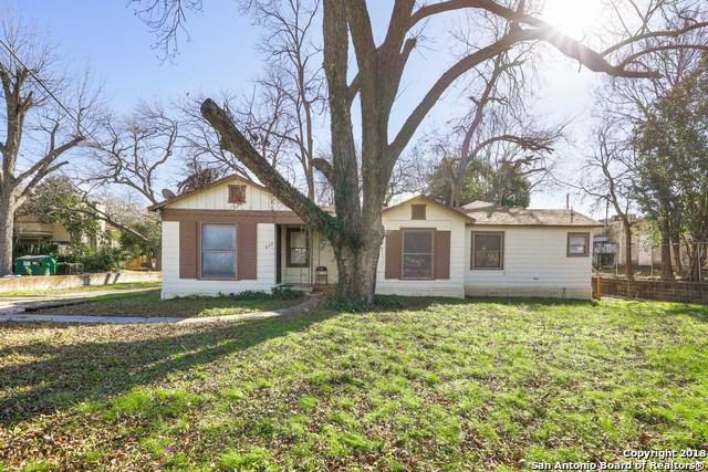 330 Montclair Ave, Alamo Heights, TX 78209 (MLS #1354772) :: Carter Fine Homes - Keller Williams Heritage