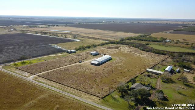 677 S Price Rd, Victoria, TX 77905 (MLS #1354822) :: Santos and Sandberg