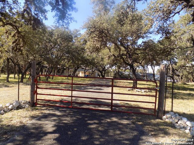 10467 Oakland Rd, San Antonio, TX 78240 (MLS #1355221) :: Exquisite Properties, LLC