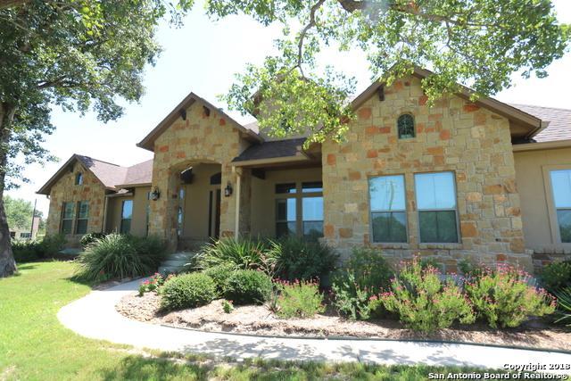 160 Circle Six Dr, La Vernia, TX 78121 (MLS #1355296) :: Exquisite Properties, LLC