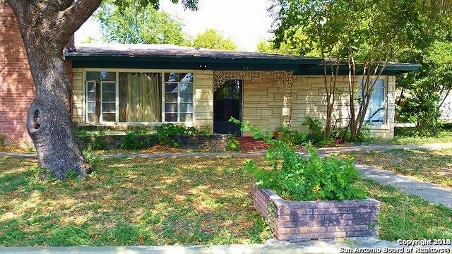 345 Babcock Rd, San Antonio, TX 78201 (MLS #1355942) :: Alexis Weigand Real Estate Group