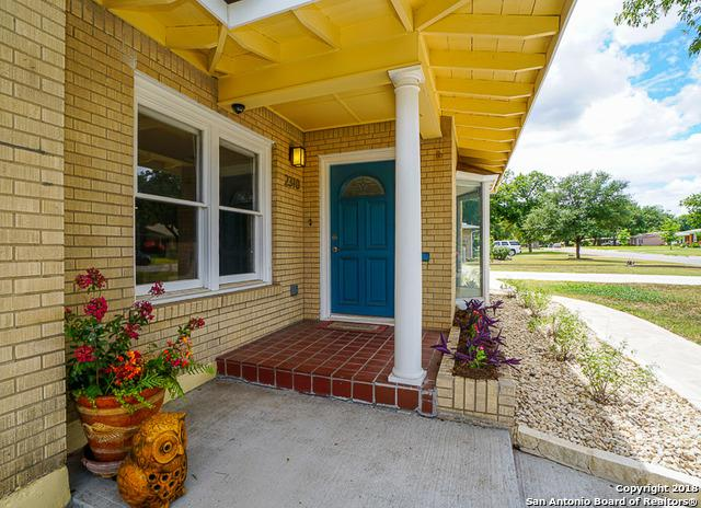2310 W Kings Hwy, San Antonio, TX 78201 (MLS #1355995) :: Niemeyer & Associates, REALTORS®