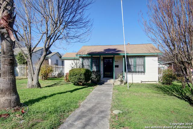 2829 W Mistletoe Ave, San Antonio, TX 78228 (MLS #1356161) :: Neal & Neal Team