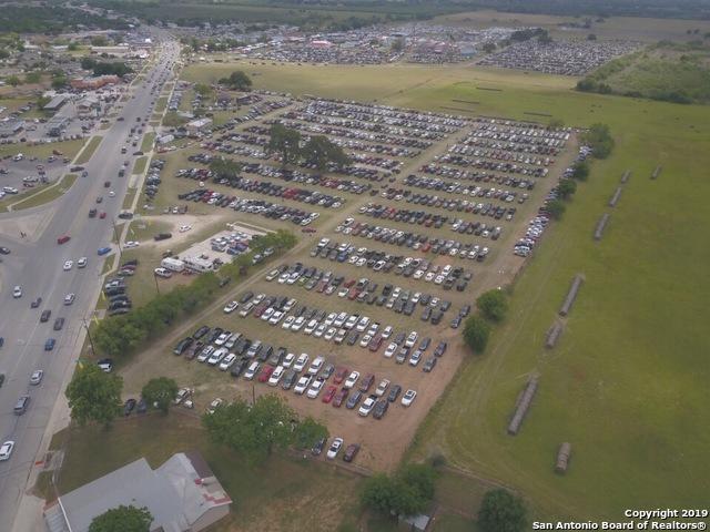 9383 N State Highway 16, Poteet, TX 78065 (MLS #1356172) :: Tom White Group