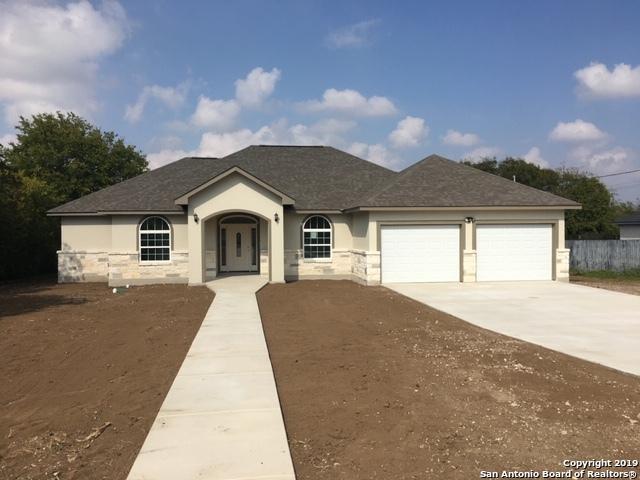 255 Eaglerock, Poteet, TX 78065 (MLS #1356205) :: Exquisite Properties, LLC