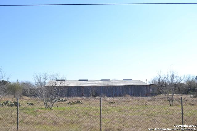 2412 Highway 132 N, Natalia, TX 78059 (MLS #1356294) :: Vivid Realty