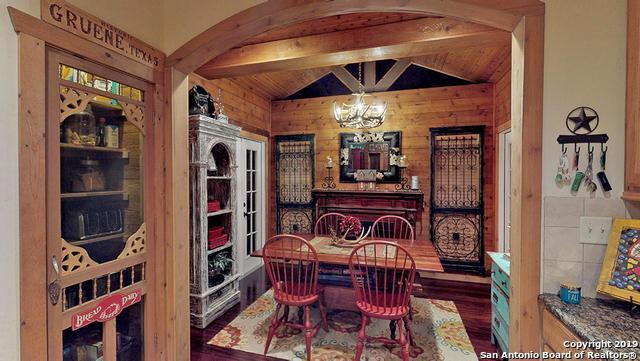 1634 Gruene Vineyard Crossing, New Braunfels, TX 78130 (MLS #1356594) :: Magnolia Realty