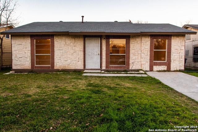 6743 Paradise Oak Dr, San Antonio, TX 78227 (MLS #1356806) :: Alexis Weigand Real Estate Group
