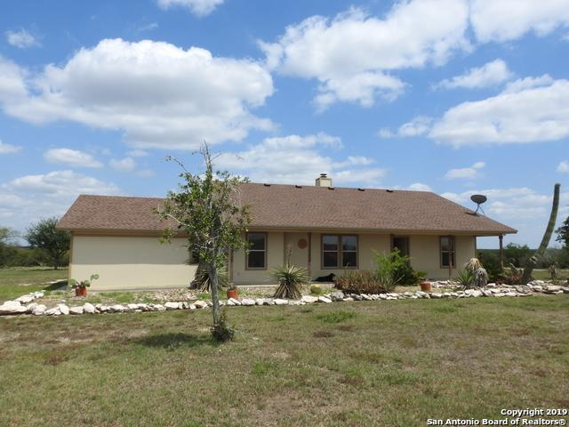 105 Fm 3469, George West, TX 78022 (MLS #1356962) :: Alexis Weigand Real Estate Group