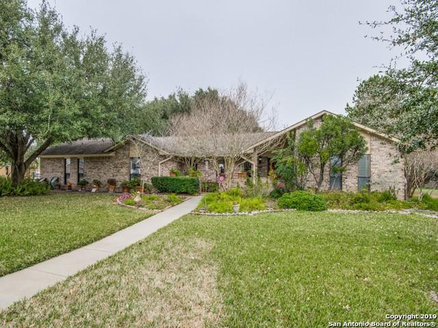 356 Edgehill, Pleasanton, TX 78064 (MLS #1357321) :: ForSaleSanAntonioHomes.com