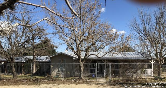 844 Highway 173, Bandera, TX 78003 (MLS #1357472) :: Exquisite Properties, LLC