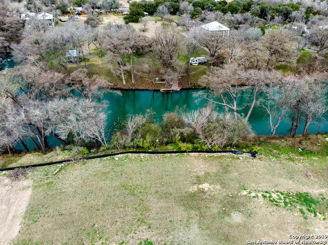 1350 River Place Dr, New Braunfels, TX 78130 (MLS #1357518) :: Magnolia Realty