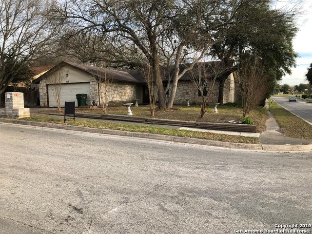 3302 Meadow Head Dr, Schertz, TX 78108 (MLS #1358194) :: Tom White Group
