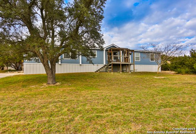 107 Chapel Hill, Boerne, TX 78006 (MLS #1358276) :: Alexis Weigand Real Estate Group