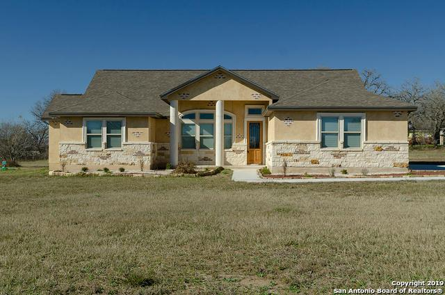 119 Champions Blvd, La Vernia, TX 78121 (MLS #1358287) :: Alexis Weigand Real Estate Group