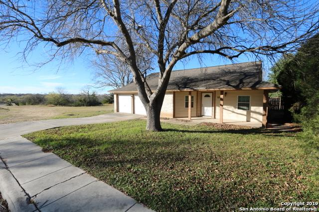 5711 Lakefront St, San Antonio, TX 78222 (MLS #1358428) :: Alexis Weigand Real Estate Group