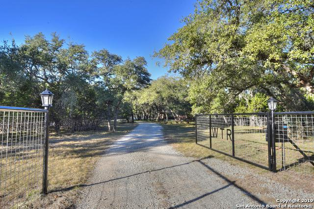 1458 A Rio Ranchero, Pipe Creek, TX 78063 (MLS #1358483) :: Alexis Weigand Real Estate Group