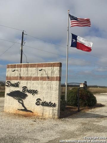 101 Gentle Breeze, Floresville, TX 78114 (MLS #1358915) :: NewHomePrograms.com LLC