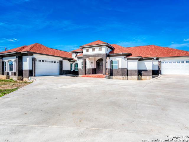 9833 Vista Circle, San Antonio, TX 78263 (MLS #1359246) :: Exquisite Properties, LLC