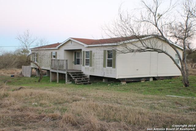 9706 County Road 576, Castroville, TX 78009 (MLS #1359269) :: NewHomePrograms.com LLC