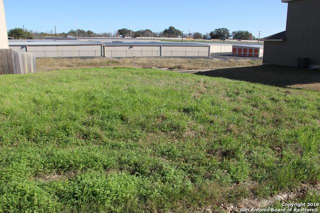 630 Meadow Arbor Ln, Universal City, TX 78148 (MLS #1359316) :: Erin Caraway Group