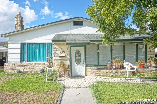 915 E Highland Blvd, San Antonio, TX 78210 (MLS #1359546) :: The Castillo Group