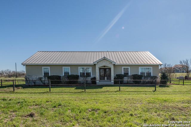 3339 Hartfield Rd, La Vernia, TX 78121 (MLS #1359555) :: The Mullen Group | RE/MAX Access