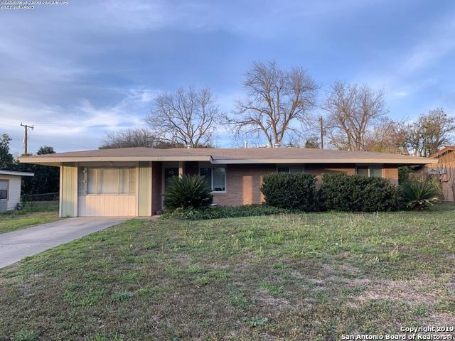 241 Weathercock Ln, Windcrest, TX 78239 (MLS #1359623) :: Alexis Weigand Real Estate Group