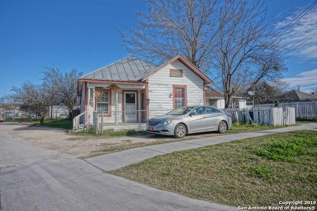 215 Aransas Ave, San Antonio, TX 78210 (MLS #1360017) :: Alexis Weigand Real Estate Group