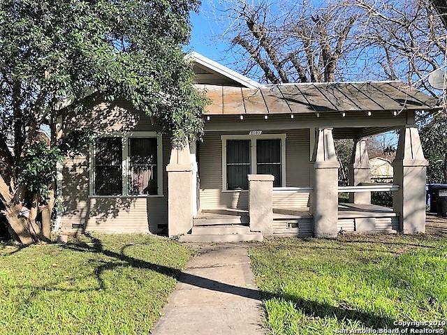 2039 E Crockett St, San Antonio, TX 78202 (MLS #1360035) :: ForSaleSanAntonioHomes.com