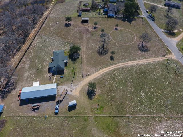 140 Rolling Hills Dr, La Vernia, TX 78121 (MLS #1360054) :: Exquisite Properties, LLC