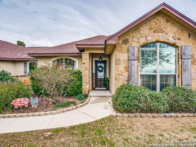 1936 County Road 6710, Lytle, TX 78052 (MLS #1360686) :: Exquisite Properties, LLC