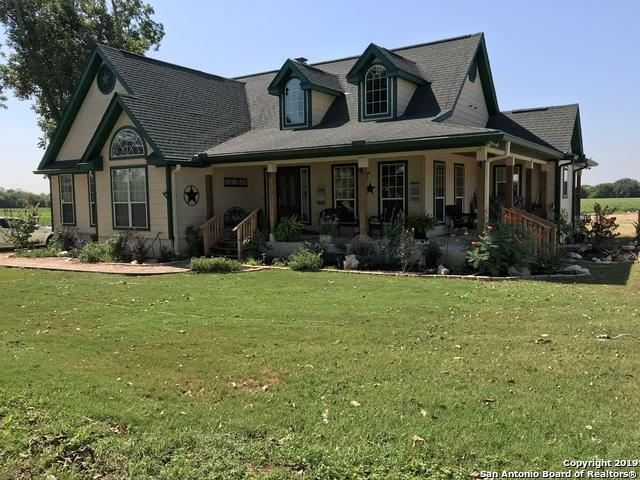 560 W County Road 672, Natalia, TX 78059 (MLS #1360700) :: Alexis Weigand Real Estate Group